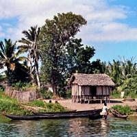 Pangalanes-Kanal im Osten Madagaskars - © Lothar Henke / pixelio.de