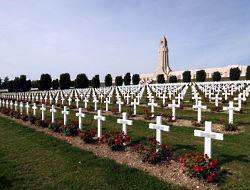 Soldatenfriedhof bei Verdun / © Joerg Trampert / pixelio.de