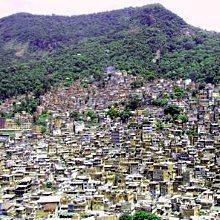 Blick auf die Favela Rocinha - © Bernhard Thürauf / pixelio.de